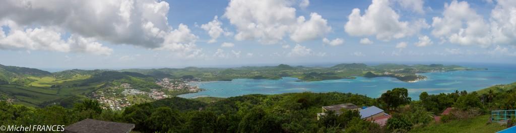 Panoramique du sud-est de la Martinique saisi depuis le Morne Gommier
